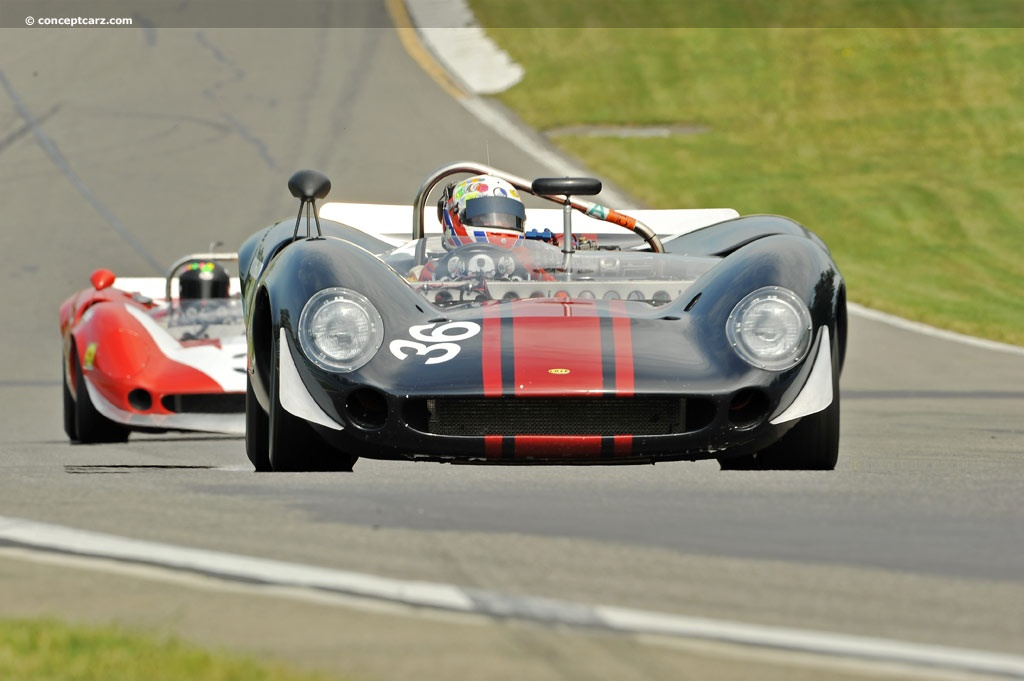1996 LOLA T70 MK II SPYDER - Historic Sports Racing Cars